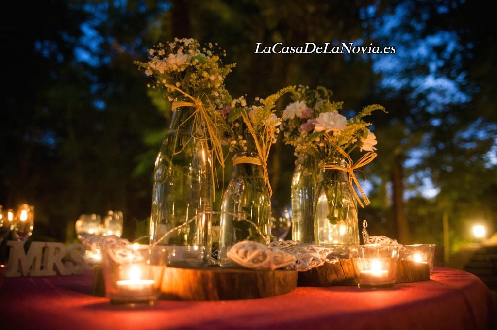 decoracion-boda-mesa-mesero-rustica-vintage