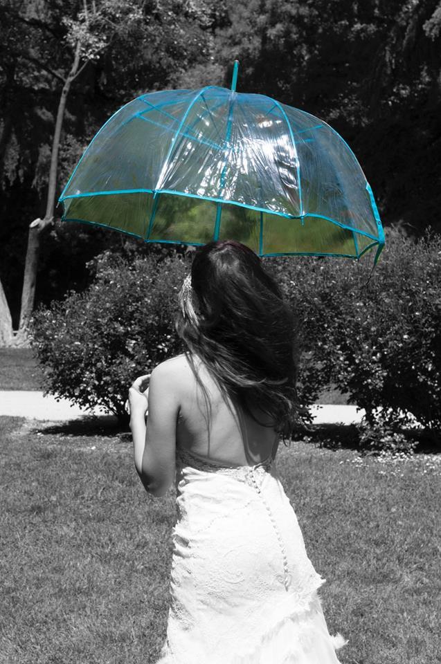 novia-lluvia-paraguas